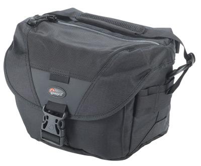 Сумки для Nikon D7000 Lowepro Stealth Reporter D100 AW - это превосходная сумка для фотожурналистов и репортеров.